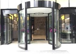 观音桥麓枫酒店自动旋转门